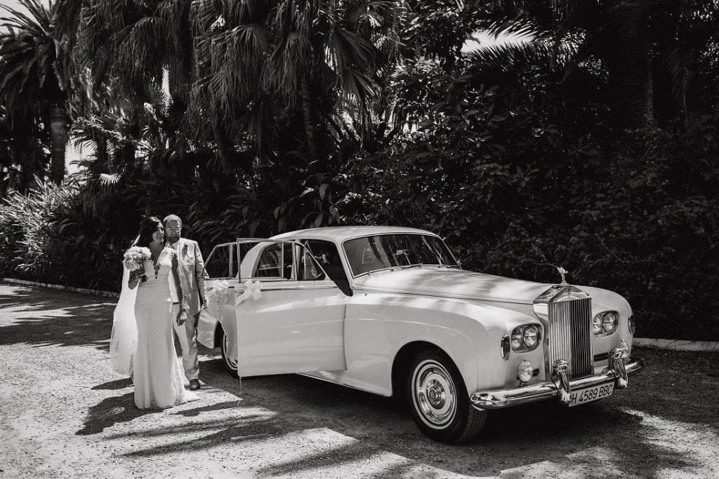 weddings in Spain cars