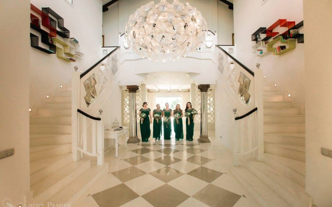 Villa Wedding Spain – Sarah & Steven Real Wedding